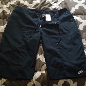 Nike navy blue Bermuda shorts